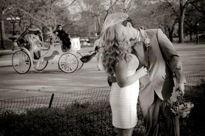 central-park-wedding-horse-carriage