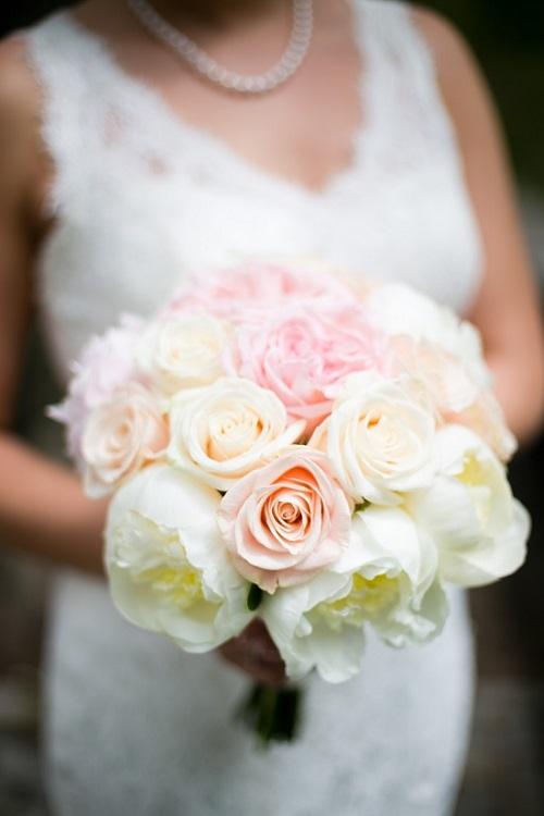 blush-wedding-bouquet-white-peonies