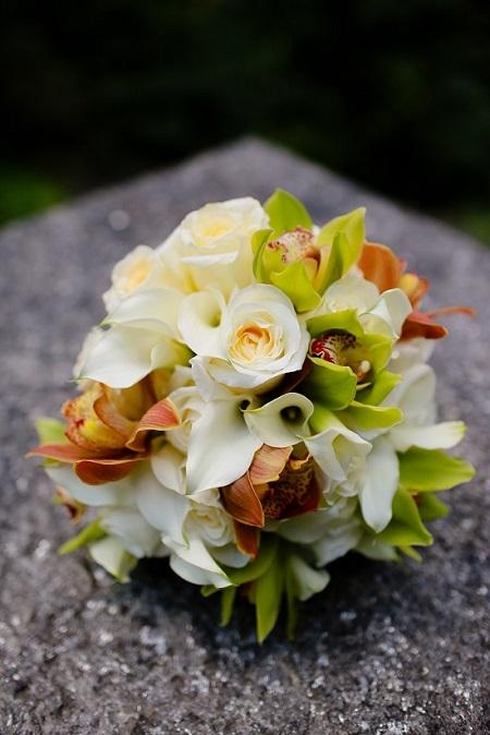 citrus-cymbidium-bouquet