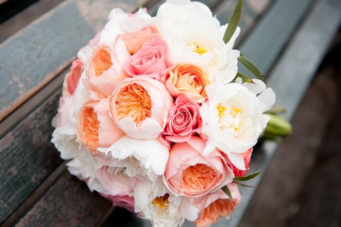 Peach coral white bridal bouquet a central park wedding get peach coral white bridal bouquet a central park wedding get married in nyc mightylinksfo