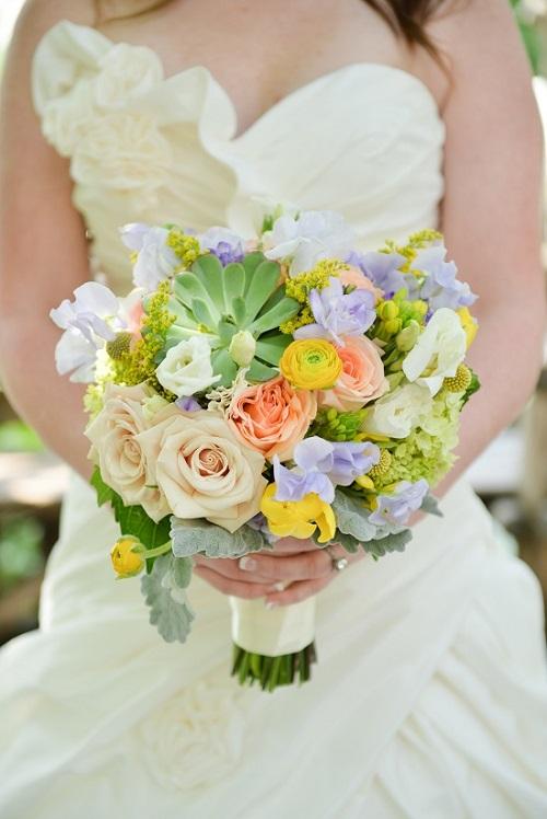 spring-succulent-bridal-bouquet