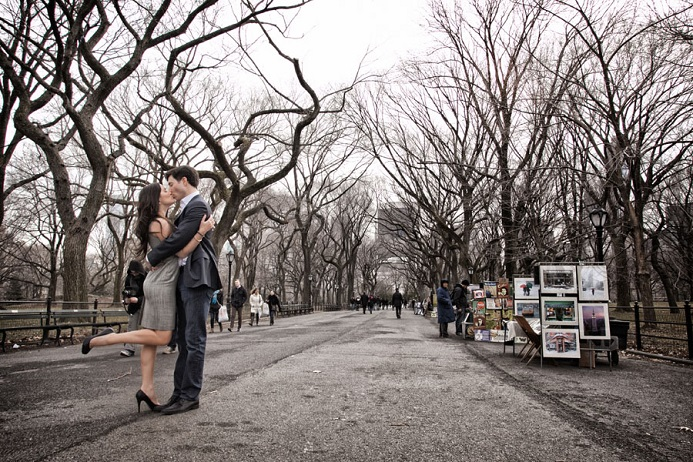 central-park-engagement-the-mall