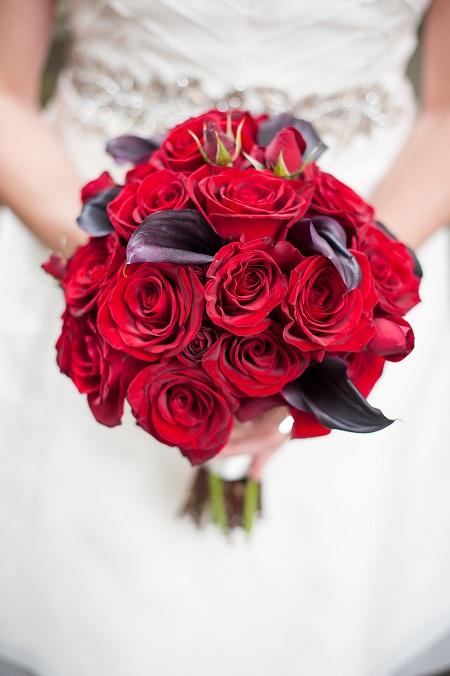 black-magic-rose-purple-calla-bouquet