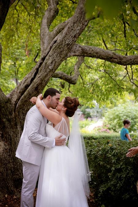 conservatory-garden-wedding-central-park
