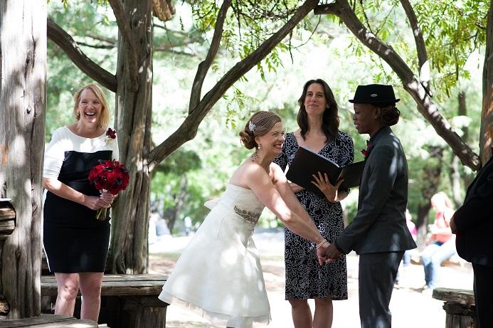 nyc-wedding-cop-cot
