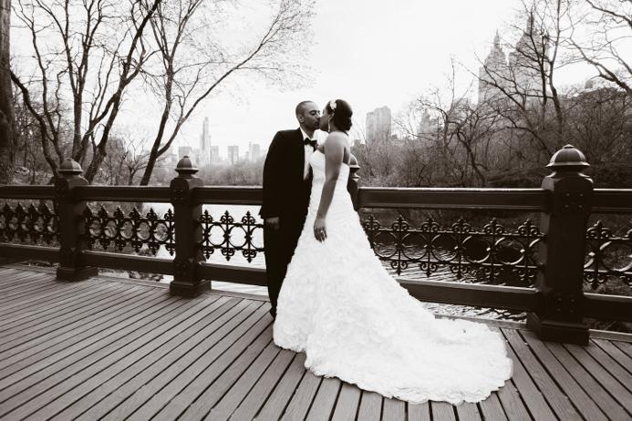 oak-bridge-wedding-portrait