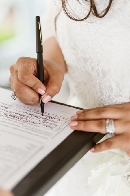 marriage-license-signing-central-park-wedding