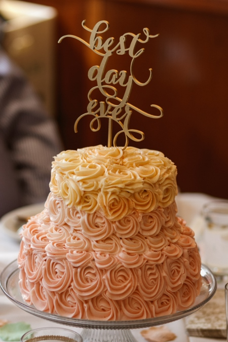 peach-ombre-buttercream-cake