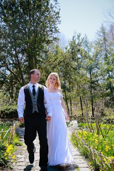 shakespeare-garden-wedding-portrait-nyc