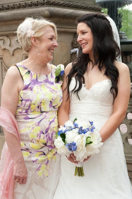 spring-wedding-at-bethesda-fountain (22)