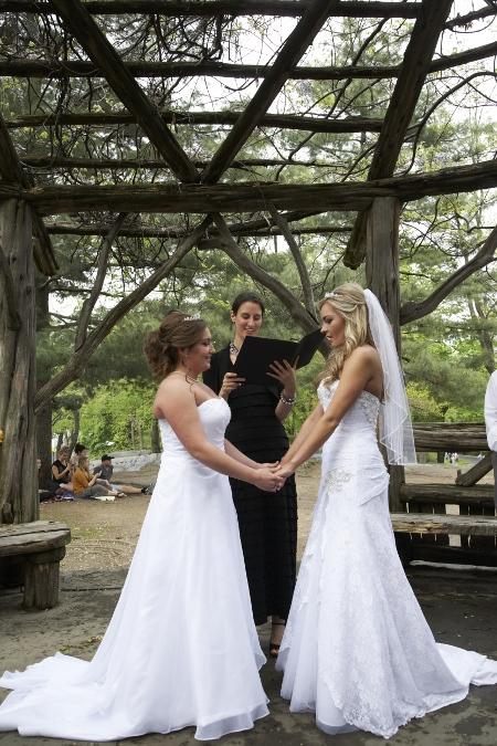 spring-wedding-at-cop-cot (25)