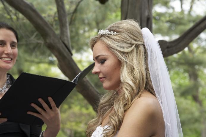spring-wedding-at-cop-cot (9)