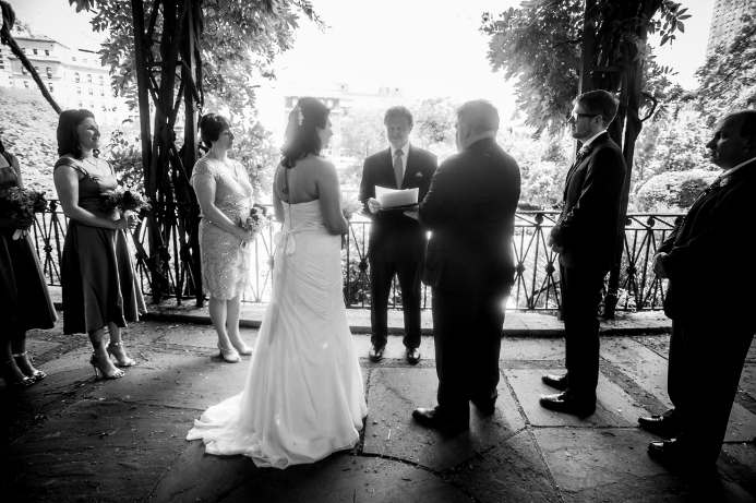 spring-wedding-at-wisteria-pergola (21)