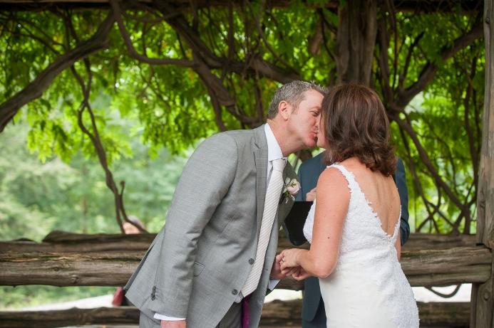 summer-wedding-at-cop-cot (10)