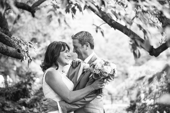 summer-wedding-at-cop-cot (20)