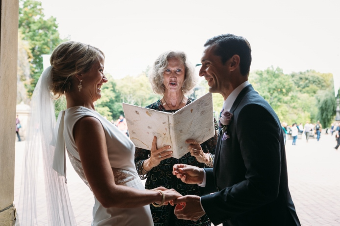 destination-wedding-at-bethesda-fountain (27)