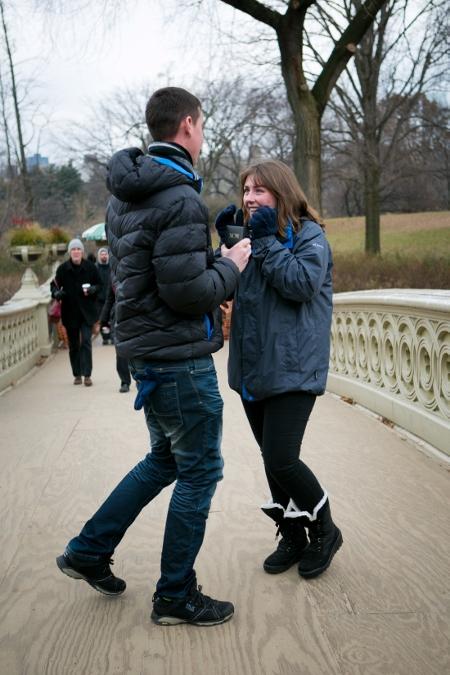 surprise-proposal-at-bow-bridge (5)