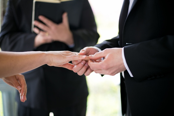 may-wedding-at-ladies-pavilion (14)