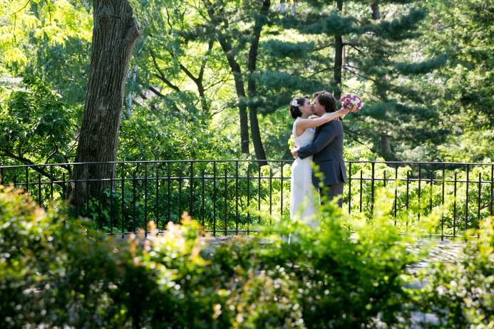wedding-ceremony-at-shakespeare-garden (16)