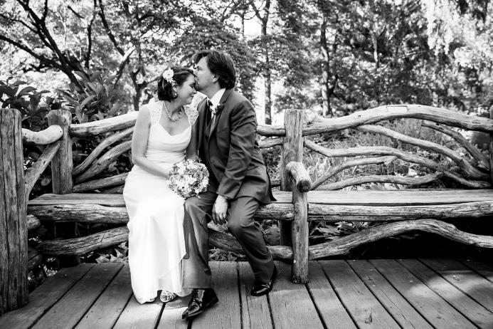 wedding-ceremony-at-shakespeare-garden (20)