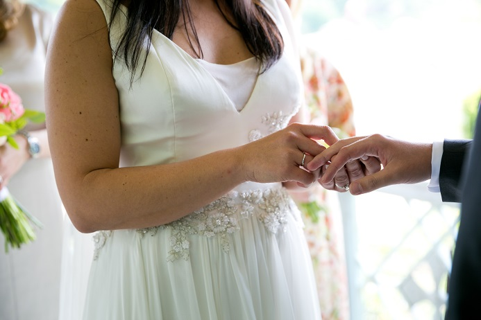 june-wedding-at-ladies-pavilion (6)
