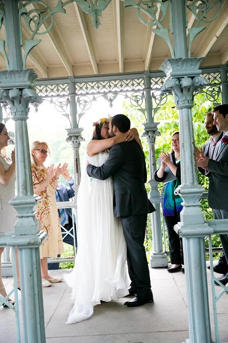 june-wedding-at-ladies-pavilion (8)