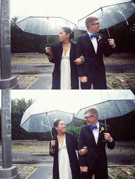 rainy-wedding-conservatory-garden (12)