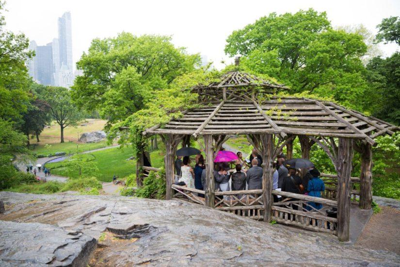 Rainy day wedding ceremony at Dene Summerhouse in Central Park