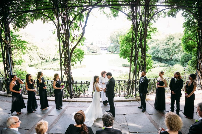 Wisteria pergola a central park wedding get married in nyc for Best wedding locations nyc